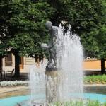 Springbrunnenfigur