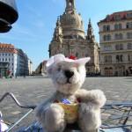 Holly vor der Frauenkirche
